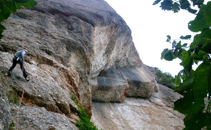 Homo Montserratinus a la Roca d'enSanhida